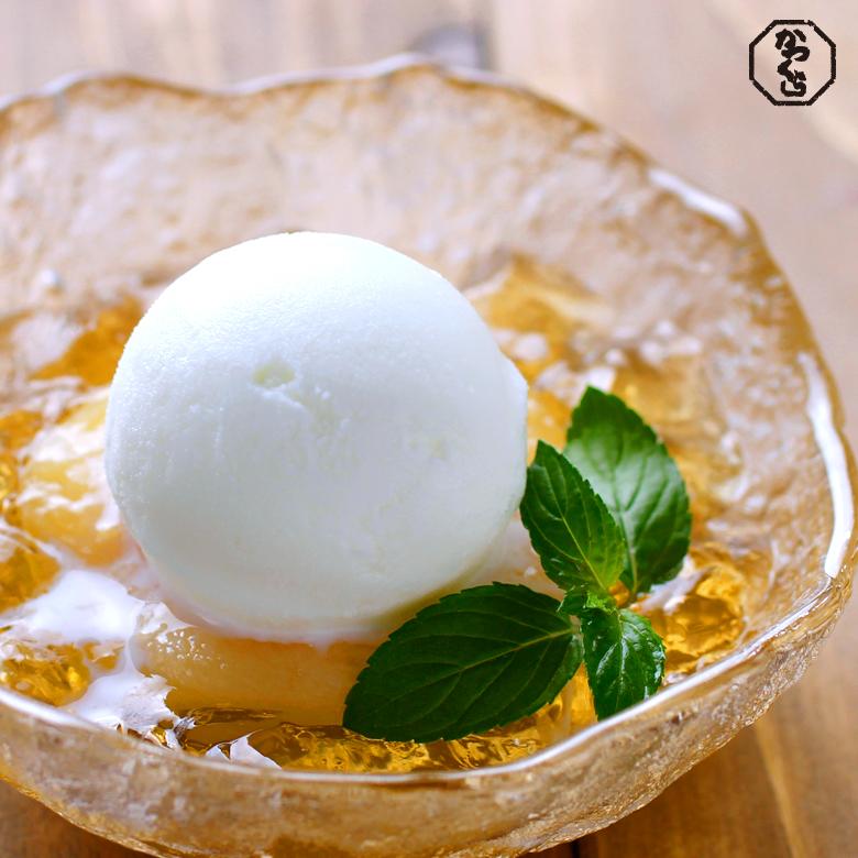 白桃の番茶シロップ煮 美山牛乳アイスクリーム