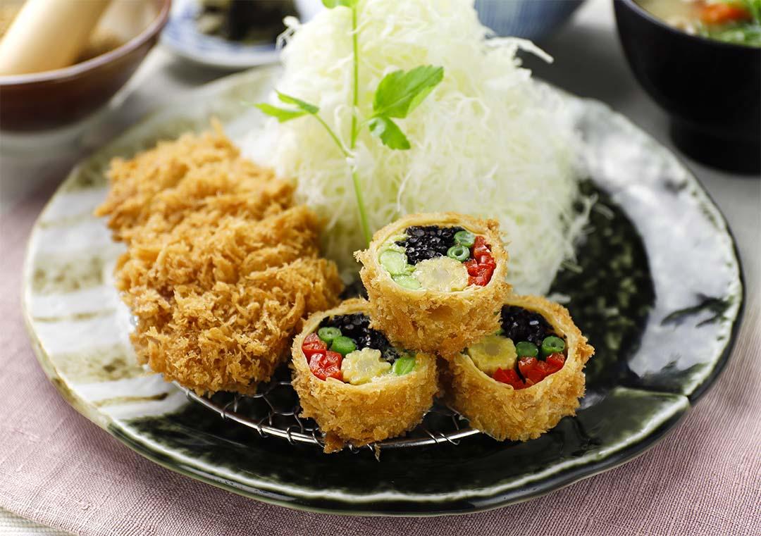季節野菜の湯葉巻きかつとヒレかつ膳